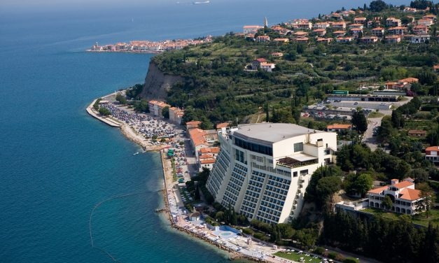 (Deutsch) HOTEL REVIEW: Das Grand Hotel Bernardin in Piran